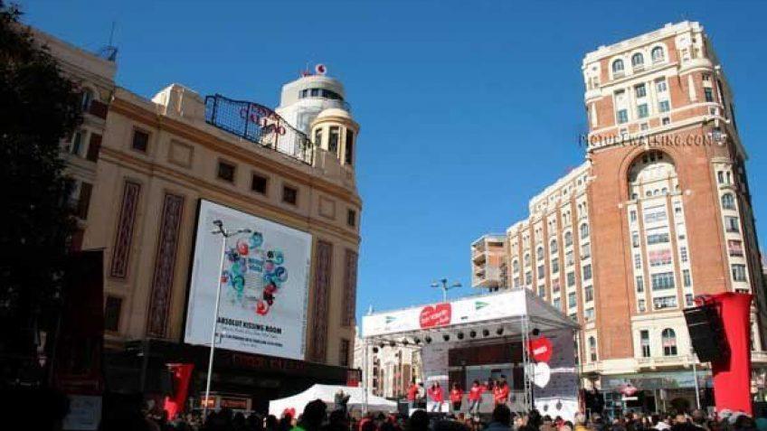 Plaza Callao con algún evento.