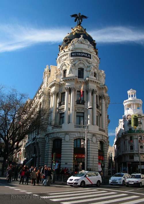 Edificio Metrópolis en la Gran Vía - Alcalá