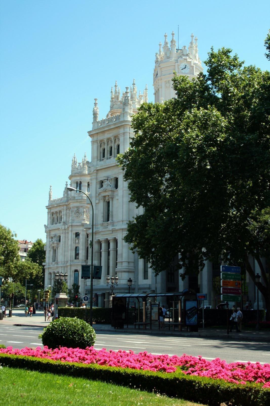 Photo taken at the beginning of Paseo del Prado