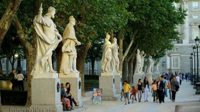Statues of the Kings of Spain in Plaza de Oriente