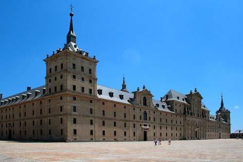 Frente del Palacio del Escorial