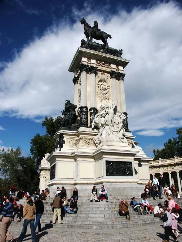Monument to Alfonso XII, next to the Retiro Pond