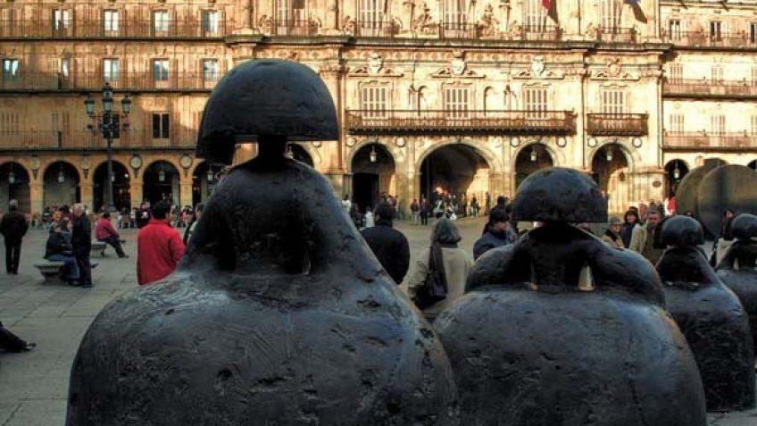 Plaza Salamanca y Las Meninas de Manolo Valdés