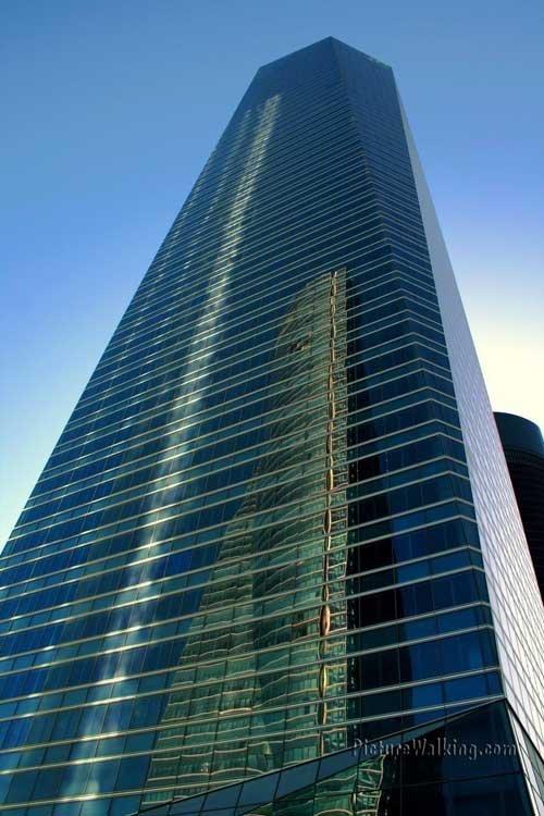 Torre de Cristal en CTBA (Cuatro Torres Business Area), Madrid