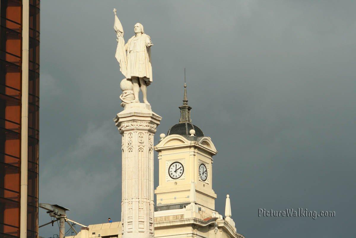Monumento a Colón en la Plaza Colón.