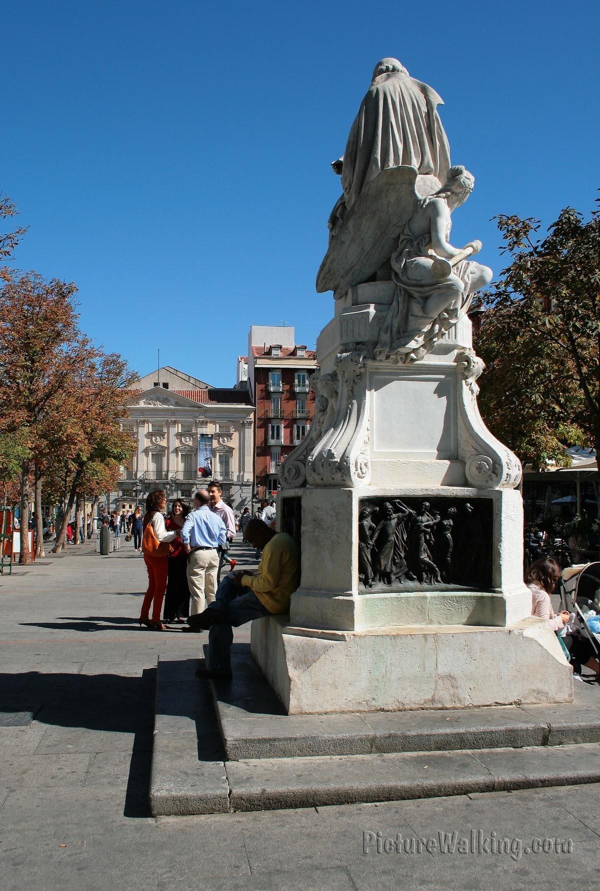 Escultura de Calderon de la Barca