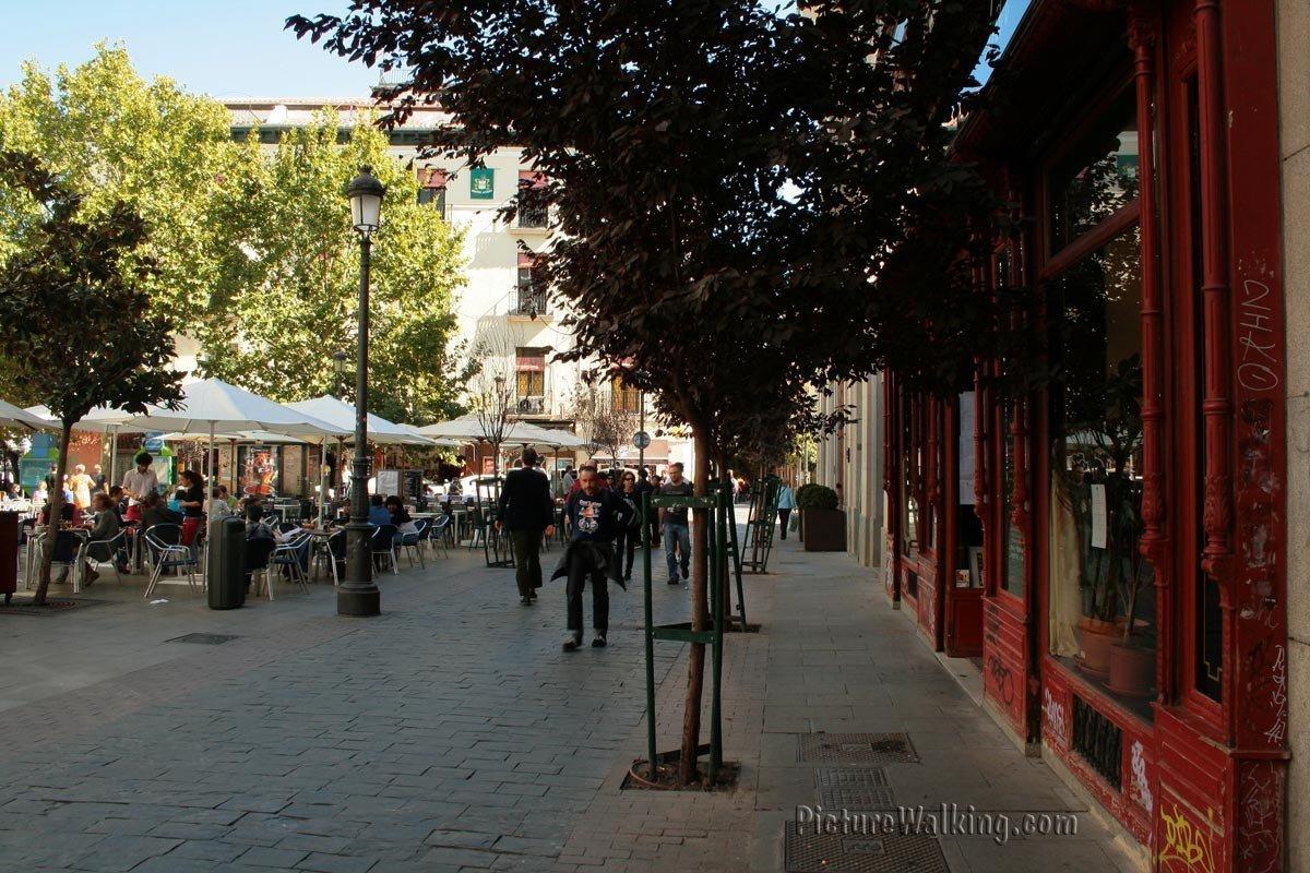 Calle Prado en Plaza Santa Ana