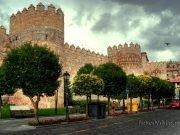 Muralla de Avila. Fachada Este desde Calle San Segundo.