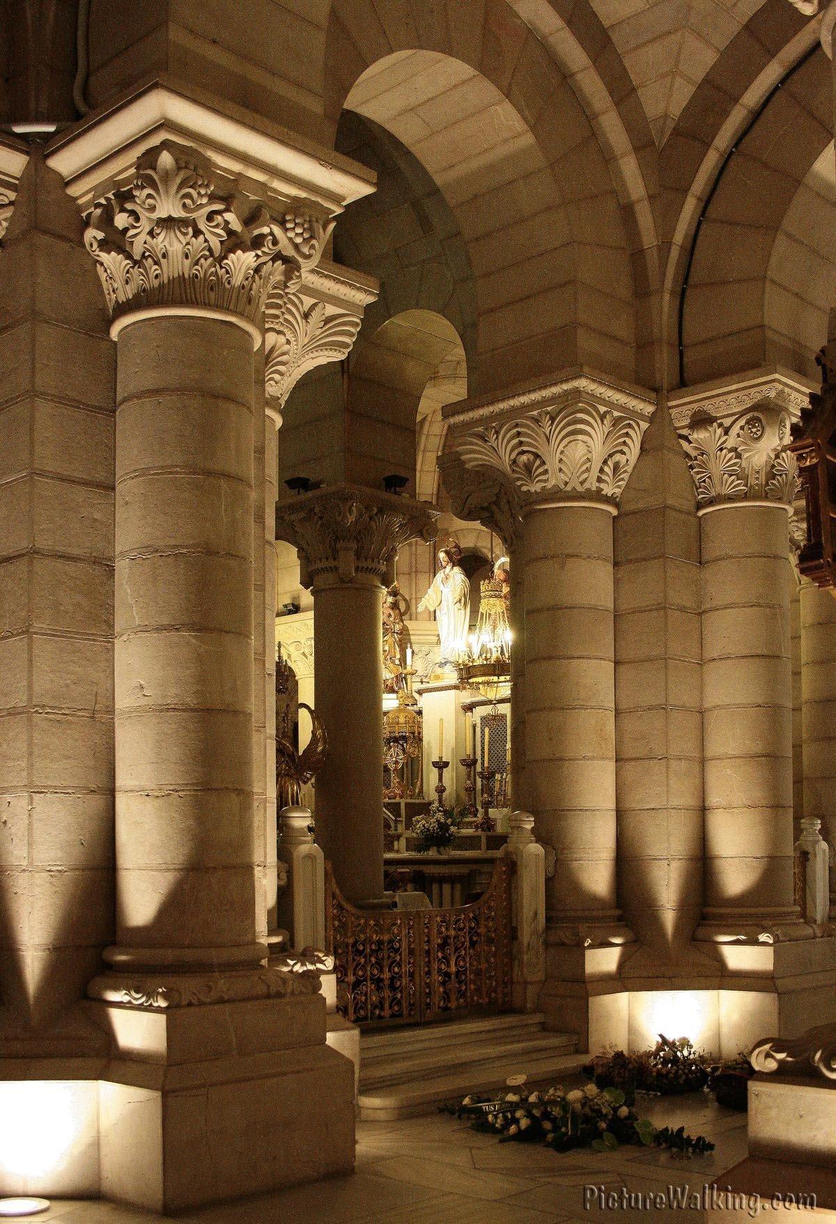 Columnas de la Cripta de La Almudena