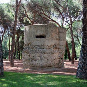 Uno de los Bunker en el Parque del Oeste