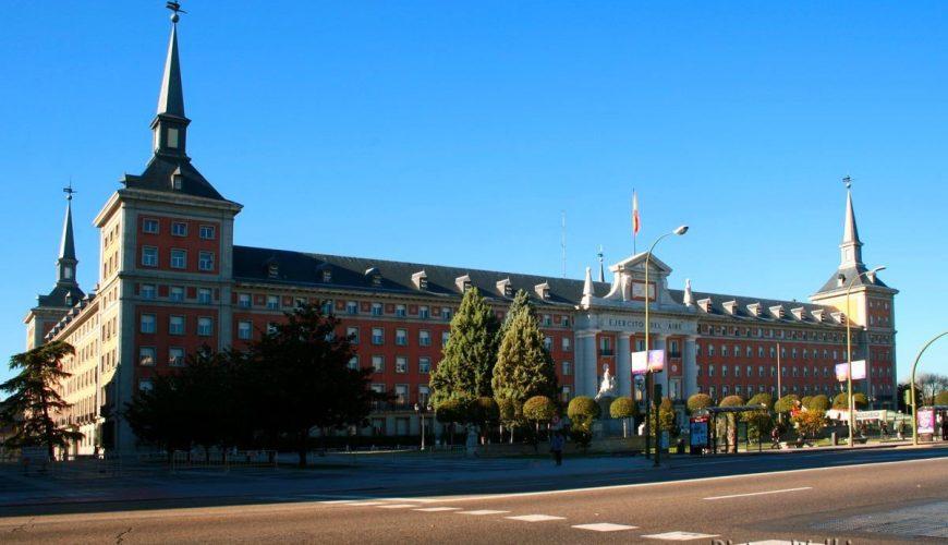 Edificio de la antigua sede del Ministerio del Aire
