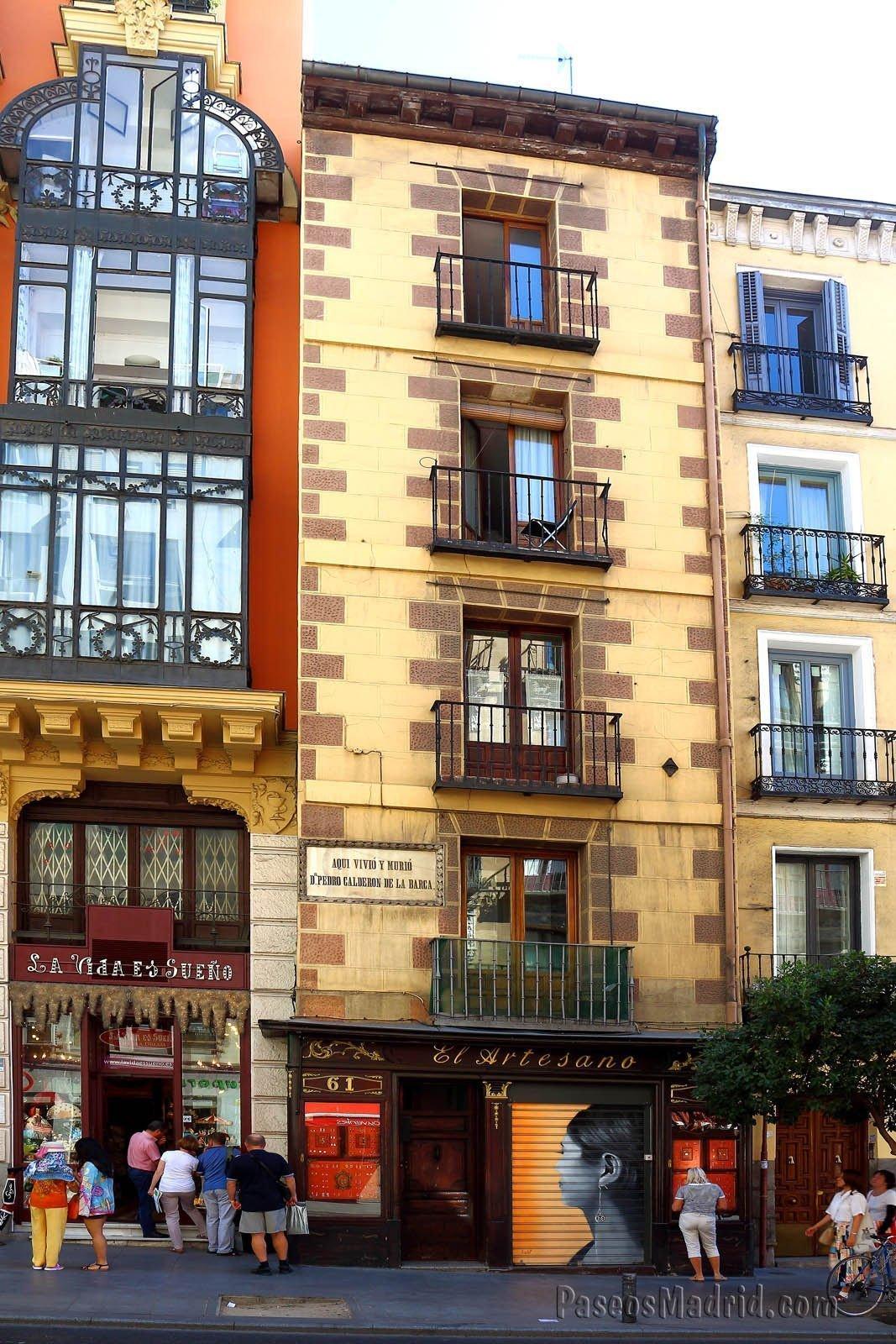 Uno de los edificios mas estrechos de Madrid.