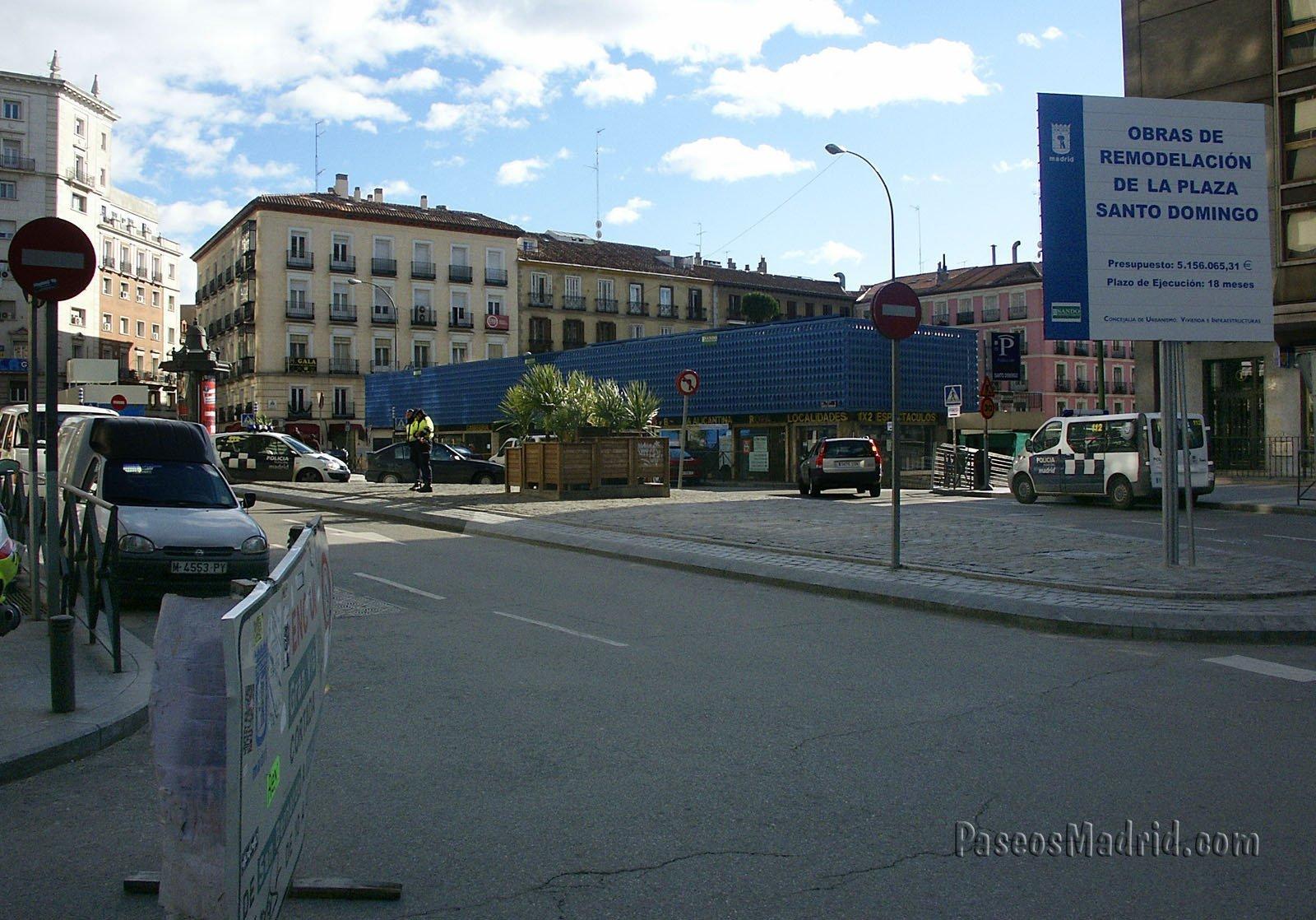 Plaza Santo Domingo, antes de las obras, en Marzo 2006.