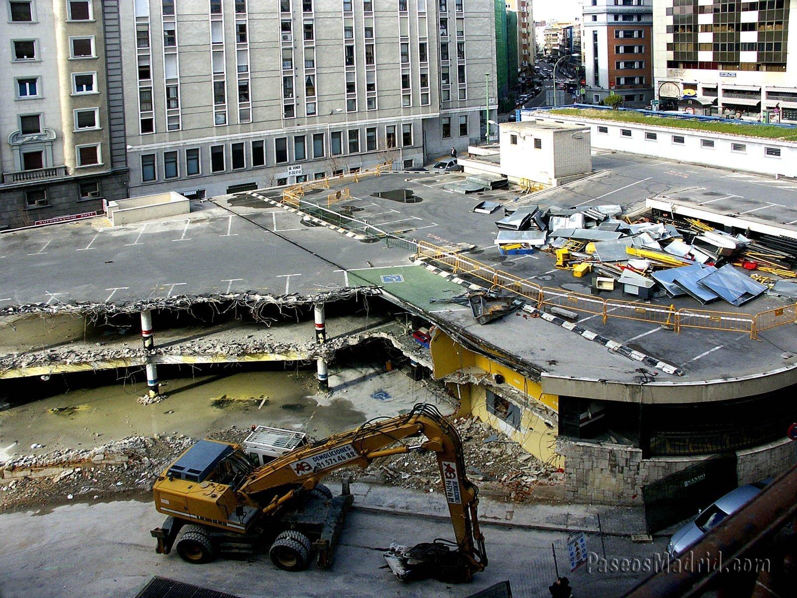 Obras Derribo Antiguo Parking Plaza Santo Domingo