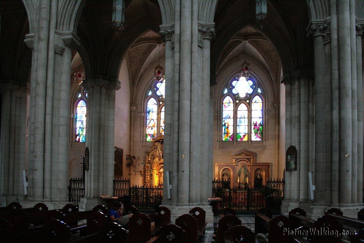 Interior de la Catedral de la Almudena