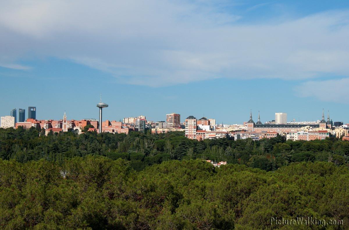 Skyline vista al Este de Madrid, Torres CTBA, Faro de Moncloa, Plaza España, Palacio.teleferico-skyline-moncloa-CTBA-copia