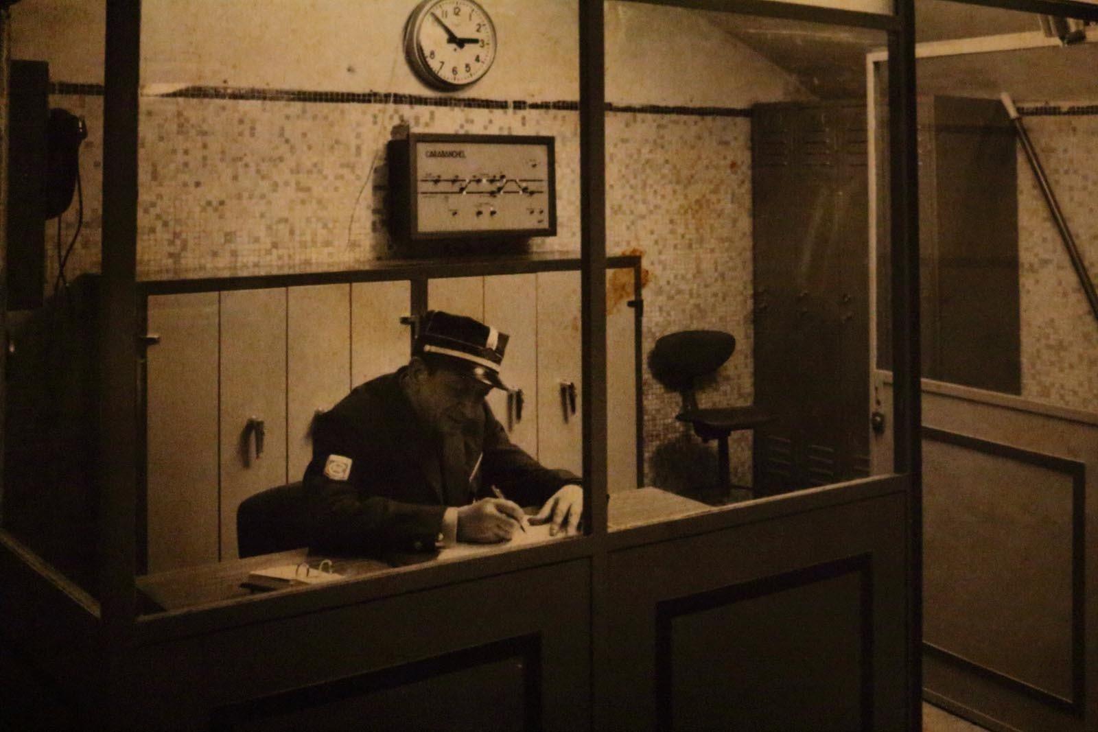 Foto antigua de la oficina de la estación
