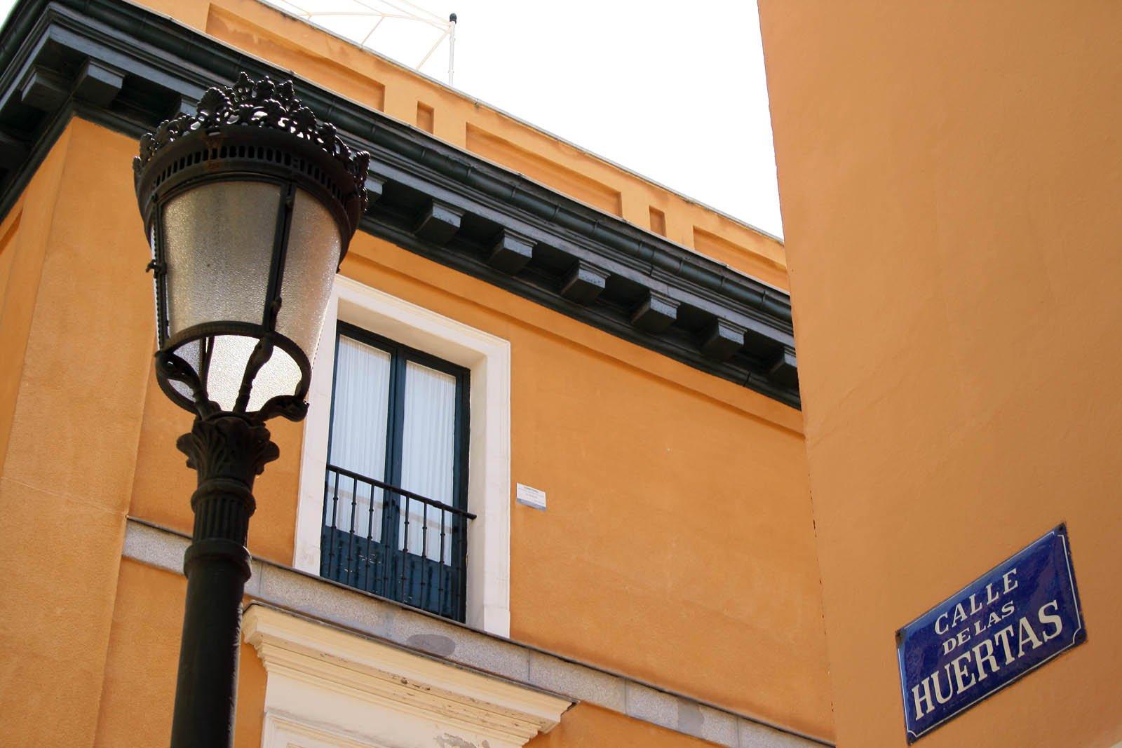 Calle Huertas street sign