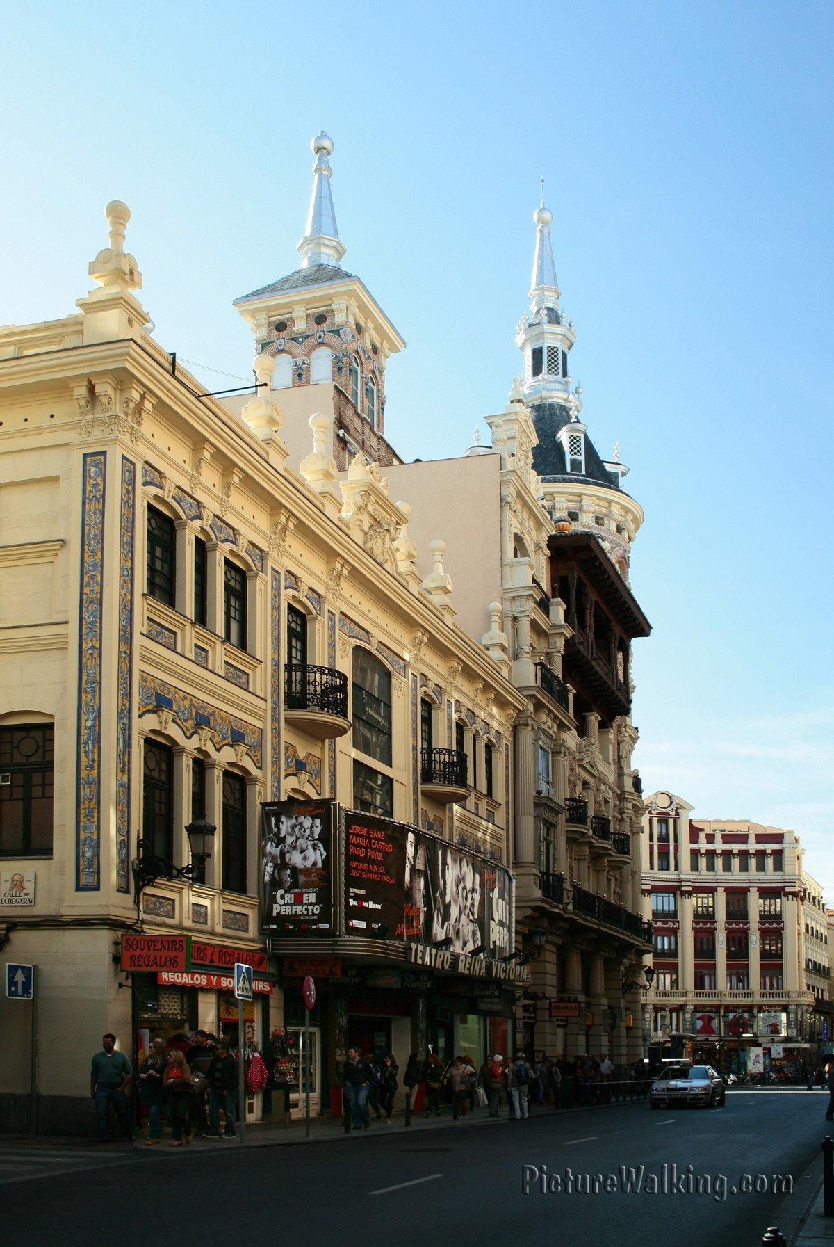 Edificios en la Plaza Canalejas