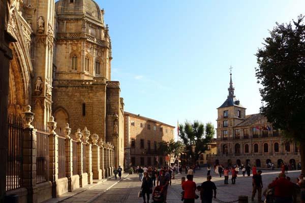 Catedral y Plaza del Ayuntamiento de Toledo