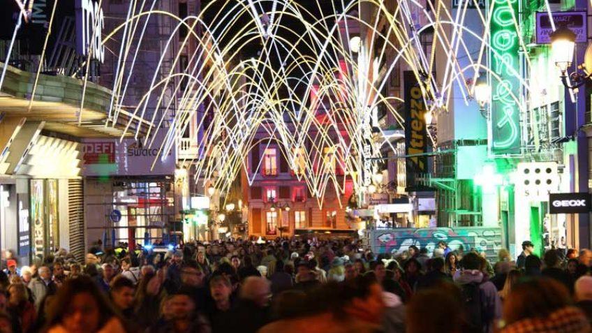 Calle Preciados de Madrid en Navidad de 2016